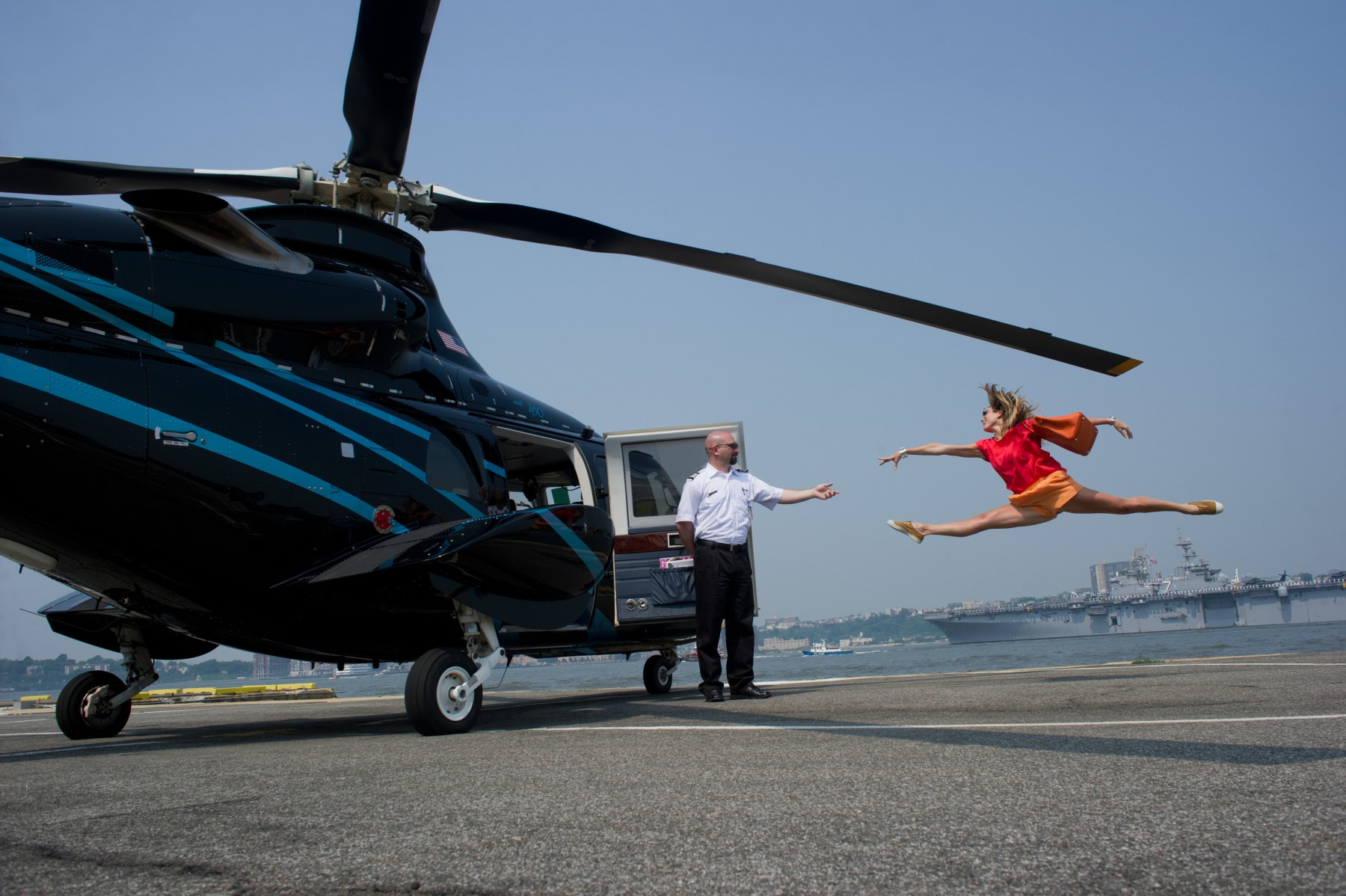 6-Dancers-Among-Us-VIP-Heliport-Marcella-Guarino