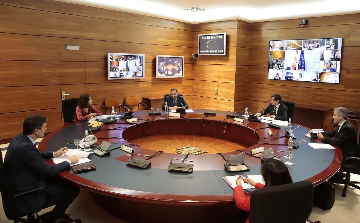 El presidente del Gobierno, Pedro Sánchez, durante la celebración del Consejo de Ministros extraordinario.