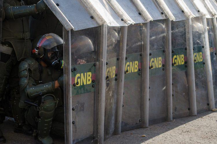 Agentes de la Guardia Nacional Bolivariana. Foto: Carlos Becerra / CC BY-NC-ND 2.0