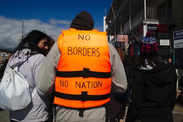 Manifestación en Mytilene (Lesbos) contra la deportación masiva de refugiados a Turquía (2016). Foto: Philmikejones / CC BY-SA 2.0.