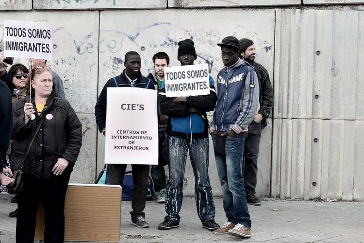 Manifestación por el cierre de los CIE en 2013 / @Adolfo Lujan (CC BY-NC-ND 2.0)