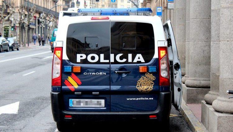 Vehículo de la Policía Nacional. Foto: Daniel Valle (danielvalle5) / CC BY-NC 2.0