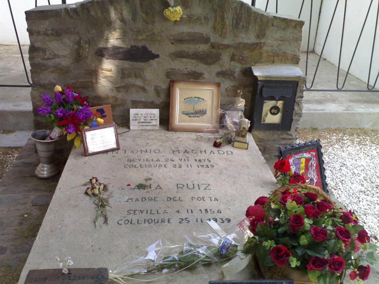 Tumba de Antonio Machado en Colliure. WIKIPEDIA