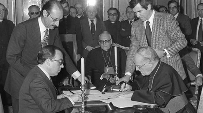 Firma del acuerdo entre España y la Santa Sede en 1979
