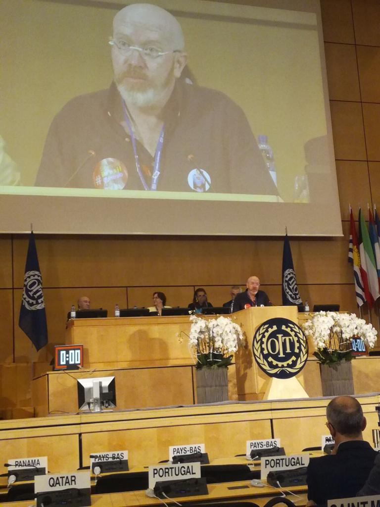 El secretario de Política Internacional de UGT, Jesus Gallego, interviene en la OIT.