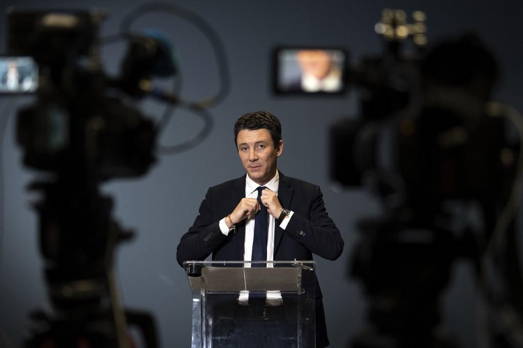 Benjamin Griveaux, al anunciar su retirada como candidato a la Alcaldía de París por En Marcha, la formación de Emmanuel Macron. AFP/Bonaventure