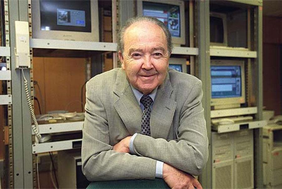 José Vidal Beneyto.
