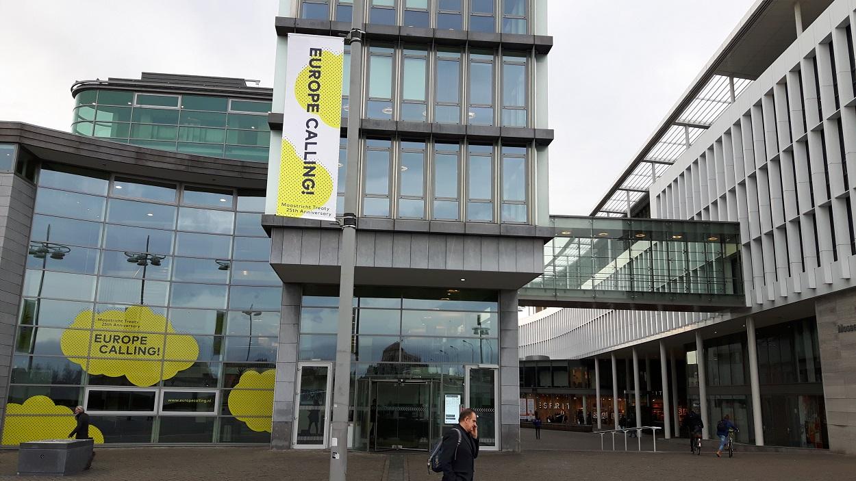 Sede del gobierno de la provincia holandesa de Limburgo, en Maastricht, donde se firmó el 7 de febrero de 1992 el Tratado que creó la Unión Europea actual. AFP/Sophie Mignon