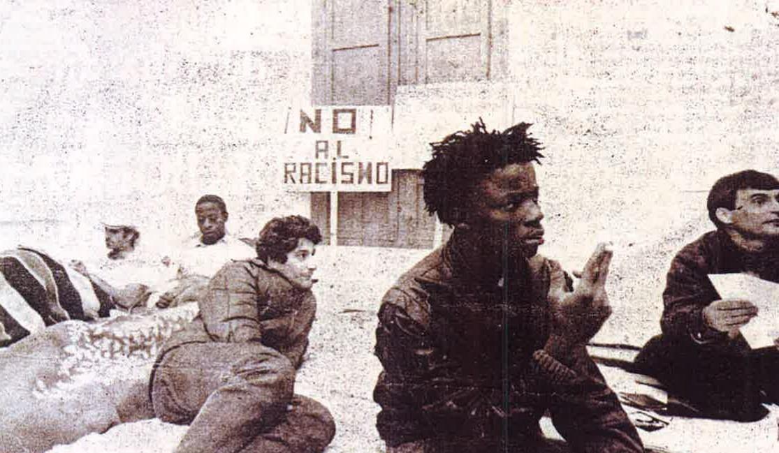 Foto aparecida en 'Diario 16' el 12 de febrero de 1989.