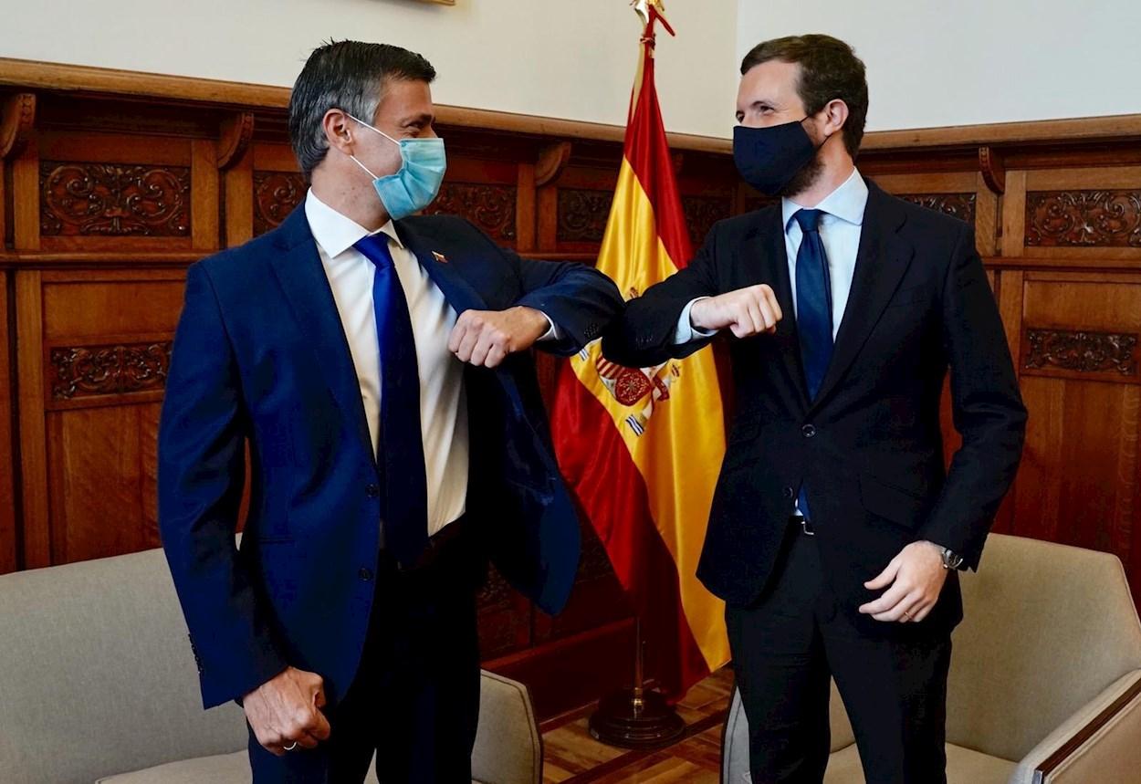 El líder opositor venezolano, Leopoldo López, con el líder del Partido Popular, Pablo Casado, en Madrid. EFE/Partido Popular/ David Mudarra