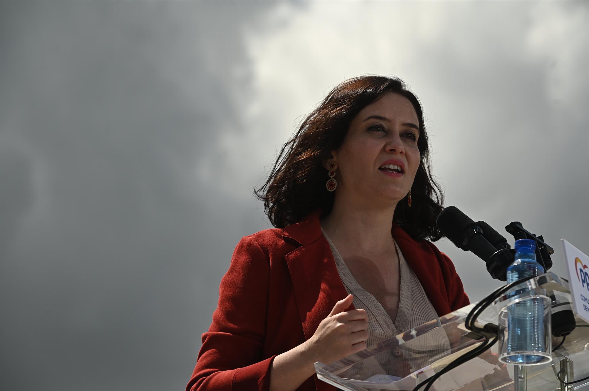 La presidenta de la Comunidad de Madrid, Isabel Díaz Ayuso, durante un acto de campaña. EFE/Fernando Villar