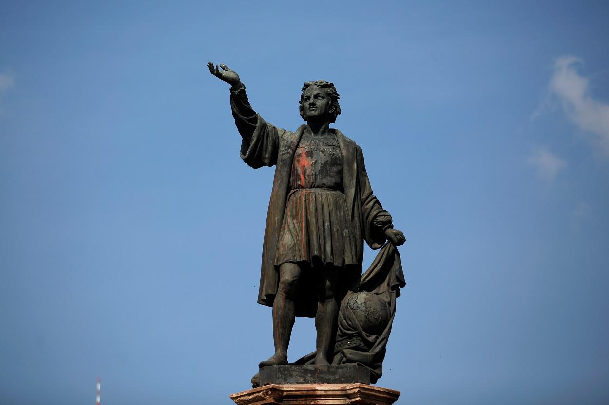Estatua de Cristobal Colon en la Avenida Reforma, de Ciudad de México. REUTERS/Gustavo Graf