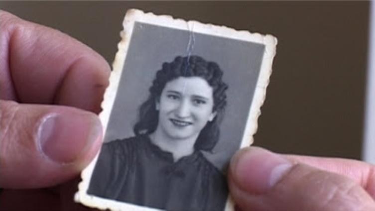 La guerrillera Consuelo Rodríguez López, en un fotograma del documental 'La isla de Chelo'.