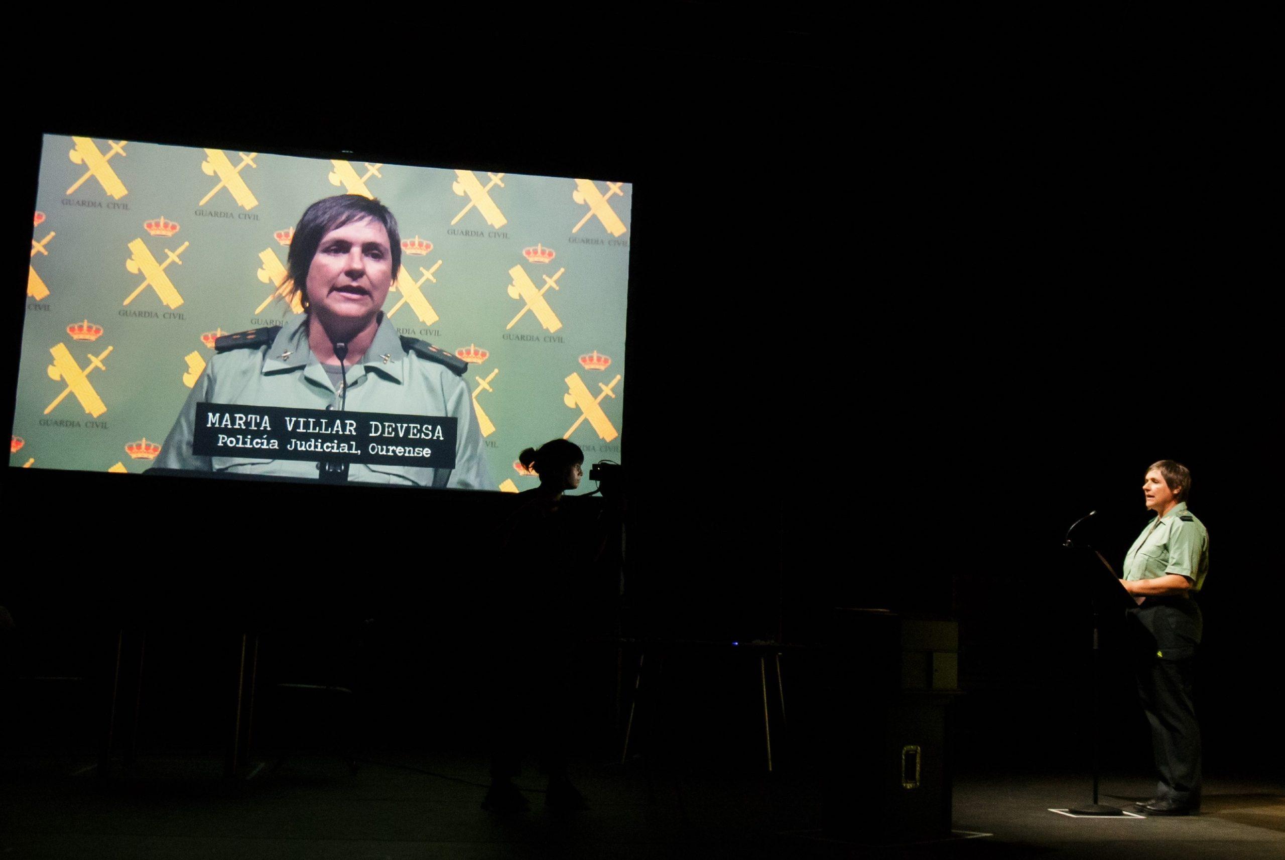 Patricia de Lorenzo y Miguel de Lira, protagonistas de Curva España, la nueva otra de teatro de la compañía Chévere.
