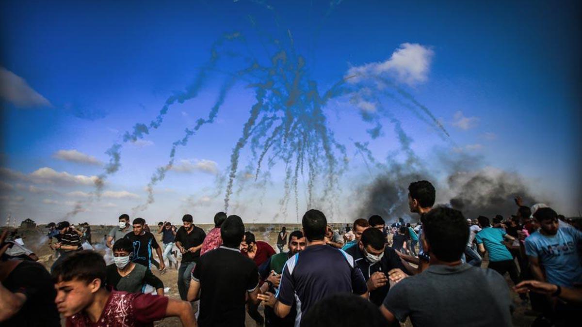 Una de las marchas del retorno celebradas semanalmente en frente de la barrera de Gaza.
