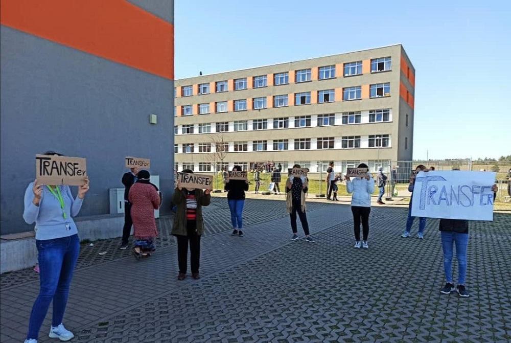 Reivindicación personas refugiadas en Zast solicitando el traslado del campo debido a la inseguridad y falta de medidas frente a la pandemia del COVID19
