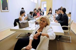 Manuela-Carmena-presidiendo-la-nueva-Junta-de-Gobierno-del-Ayuntamiento-