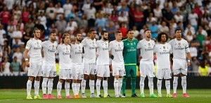 los-jugadores-del-real-madrid-guardan-un-minuto-de-silencio--twitter