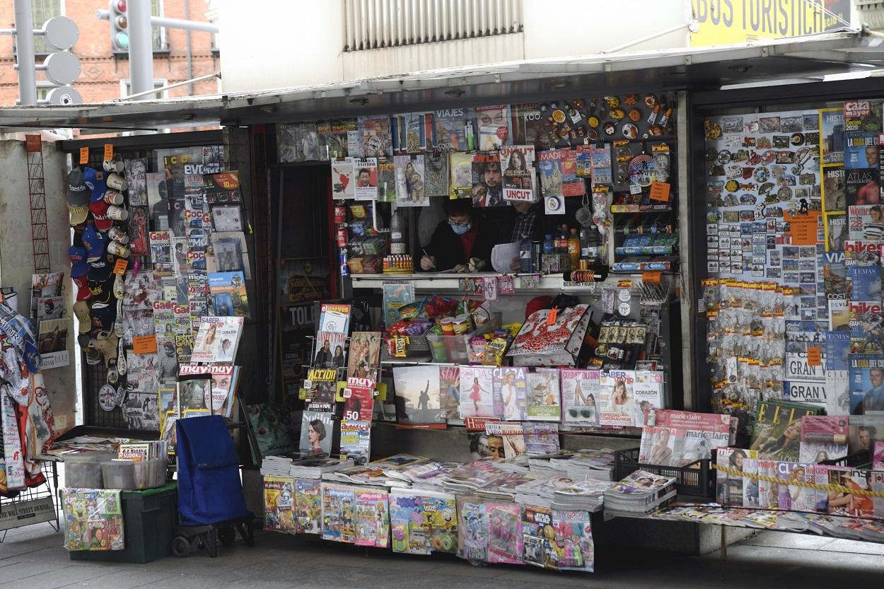 Un quiosco de periódicos en Madrid. E.P./Óscar Cañas