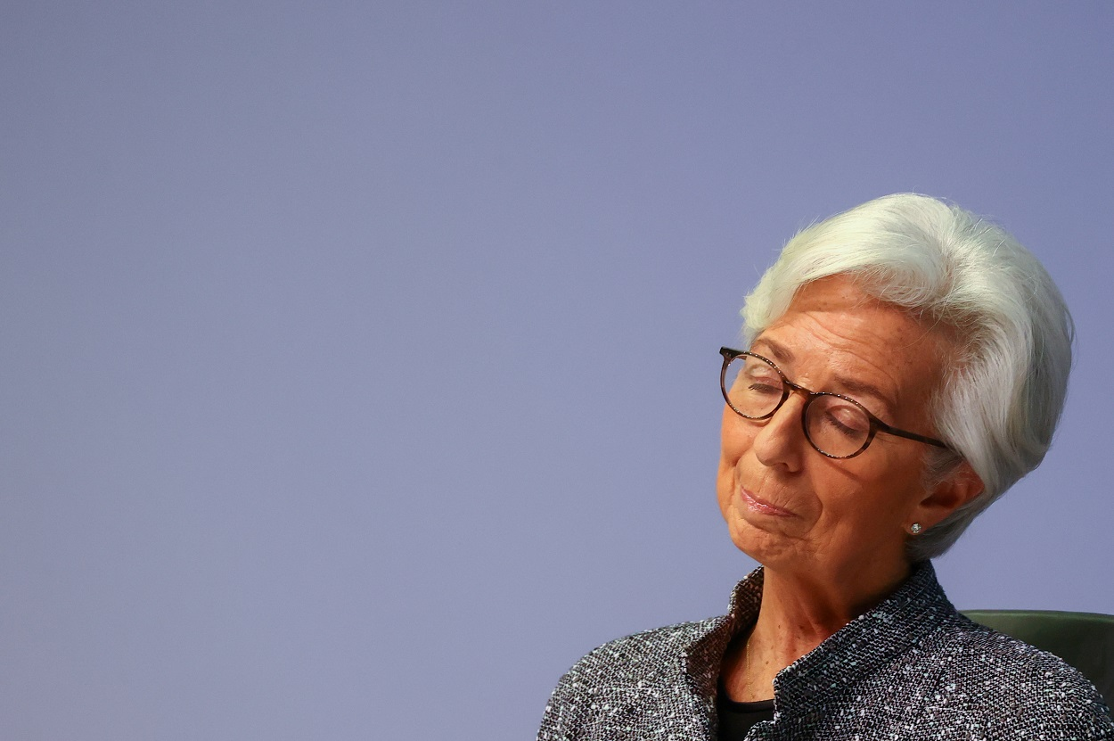 La presidenta del BCE, Christina Lagarde, durante una rueda de prensa en la sede la institución, en Fráncfort. REUTERS/Kai Pfaffenbach