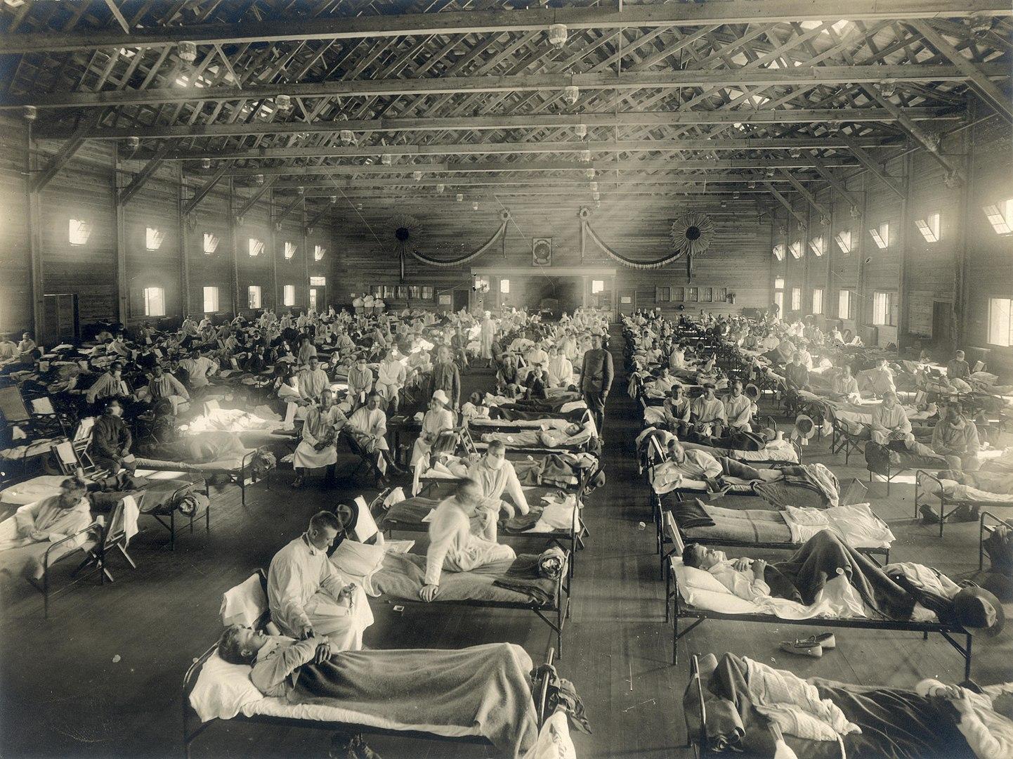 Hospital militar de emergencia durante la epidemia de Gripe Española, en Camp Funston (Kansas, EEUU) FOTO: Museo Nacional de Salud y Medicina