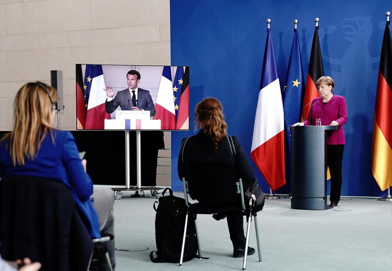 La canciller alemana Angela Merkel, en Berlín, en una rueda de prensa conjunta con el presidente francés Emmanuel Macron, para presentar su propuesta de un fondo en la UE de 500.000 millones para hacer frente a la crisis del coronavirus. REUTERS/Kay Nietfeld/Pool