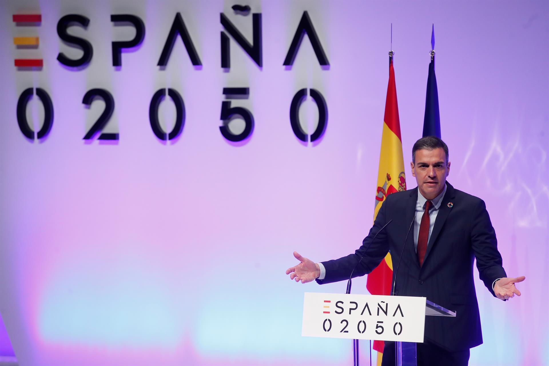 El presidente del Gobierno, Pedro Sánchez, durante la presentación del proyecto España 2050.- EFE