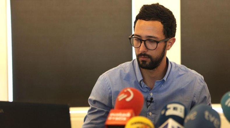Valtonyc, en una rueda de prensa en Bruselas. EFE