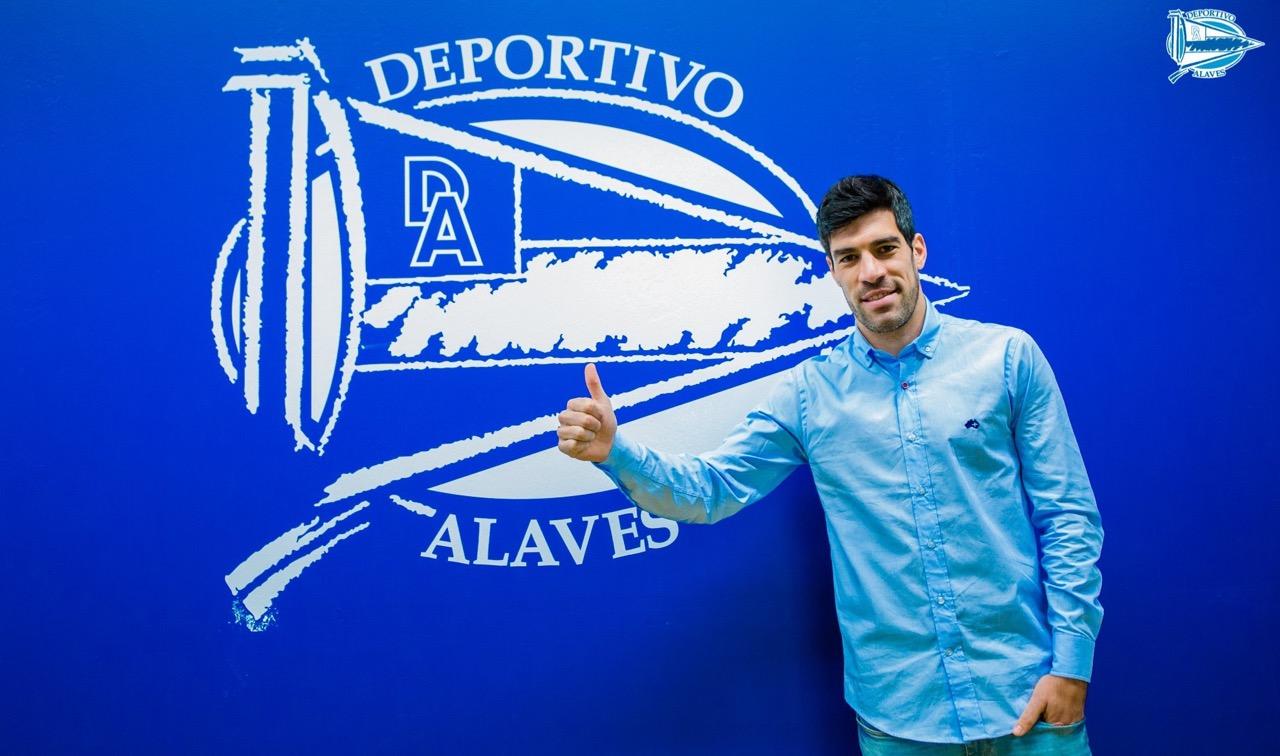 El futbolista Manu García, capitán del Deportivo Alavés.