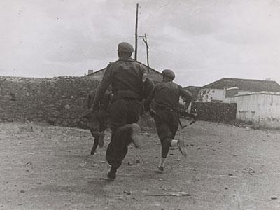 Soldados republicanos en Junio de 1937./ GERDA TARO