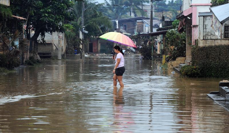 2_philippines-floods-20090929-035115.jpg