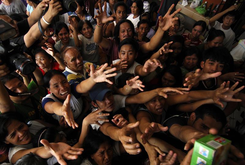 4_philippines-floods-20090929-100746.jpg