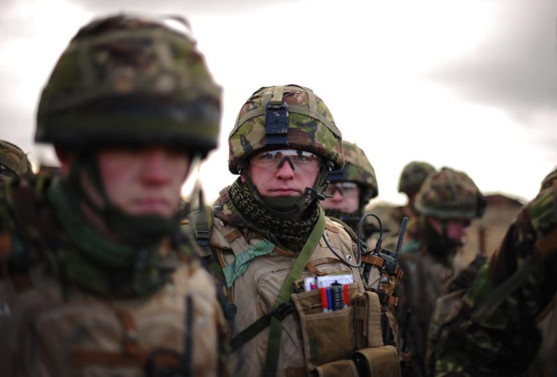 3_britain-afghanistan-186786-01-05-20100209-154114.jpg