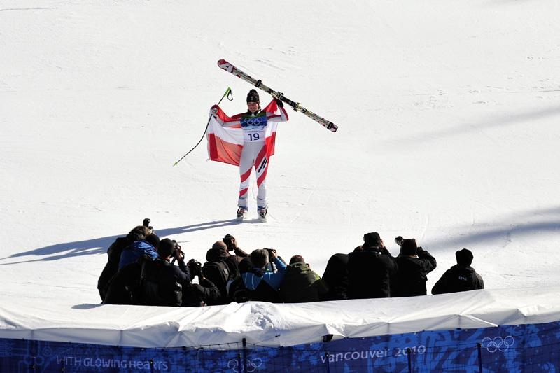 24_oly-2010-ski-alpine-297078-01-06-20100220-204706.jpg