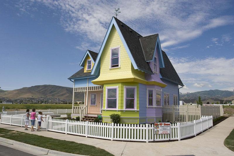La mesa de luz venden la casa voladora de up for Utah house