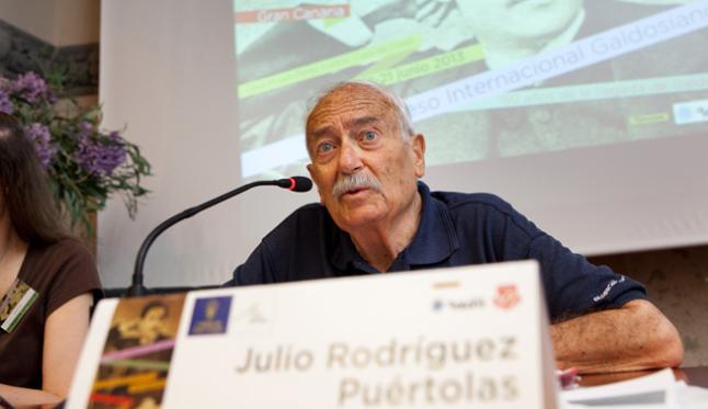 Julio Rodríguez Puértolas, en el X Congreso Internacional de Estudios Galdosianos