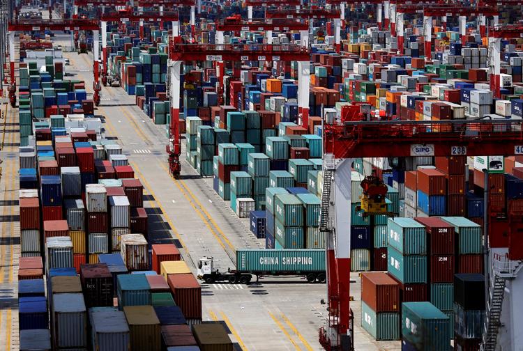 Area de contenedores en el Puerto de Aguas Profundas de Yangshan,, en la Zona de Libre Comercio de Shanghai. REUTERS/Carlos Barria