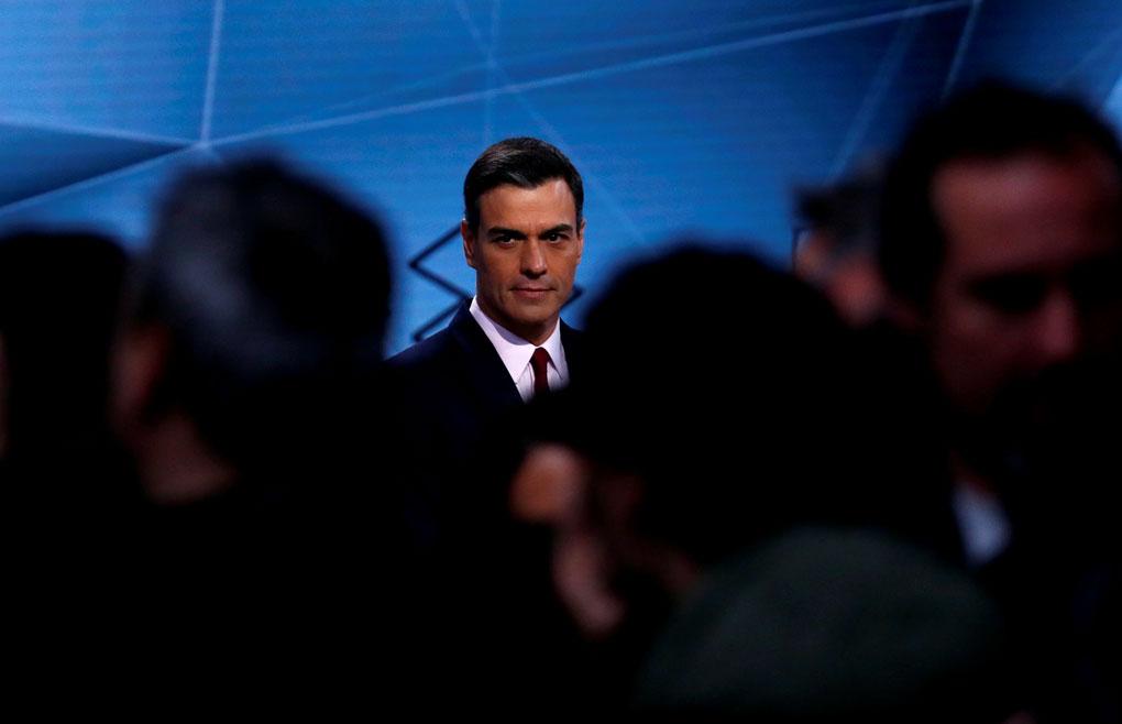 El líder del PSOE, Pedro Sánchez antes del inicio del segundo debate electoral en la sede de Atresmedia. REUTERS/Juan Medina