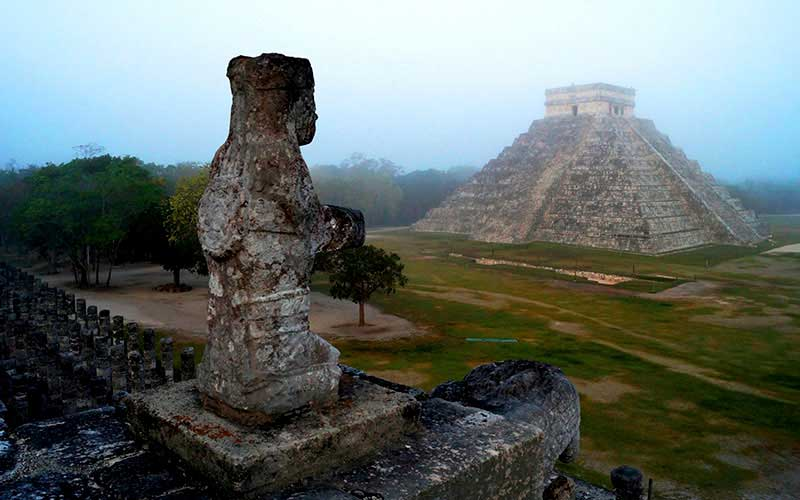 El tren propuesto por el gobierno de Andrés Manuel López Obrador conectaría el sitio arqueológico de Chichen Itza con Cancún y otros resortes turísticos del Yucatan. REUTERS/Mauricio Marat/National Institute of Anthropology and History