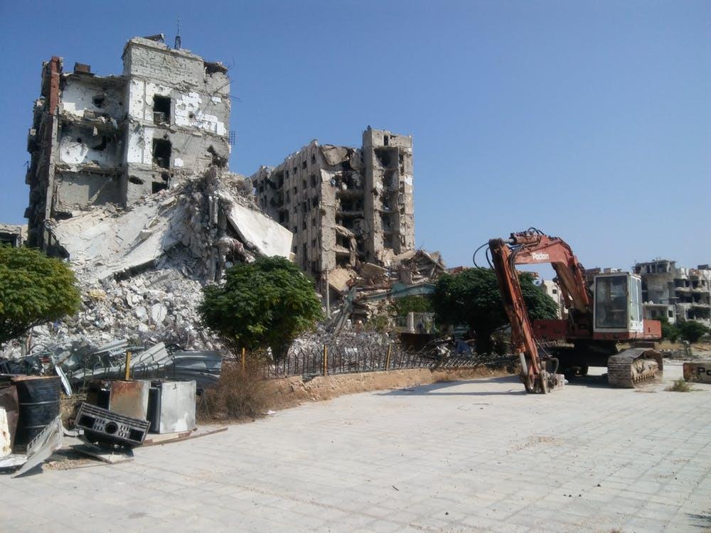 La reconstrucción ya ha comenzado en buena parte de Siria, donde el 20% de las viviendas han sufrido daños de distinta consideración. Pablo Sapag M., Author provided
