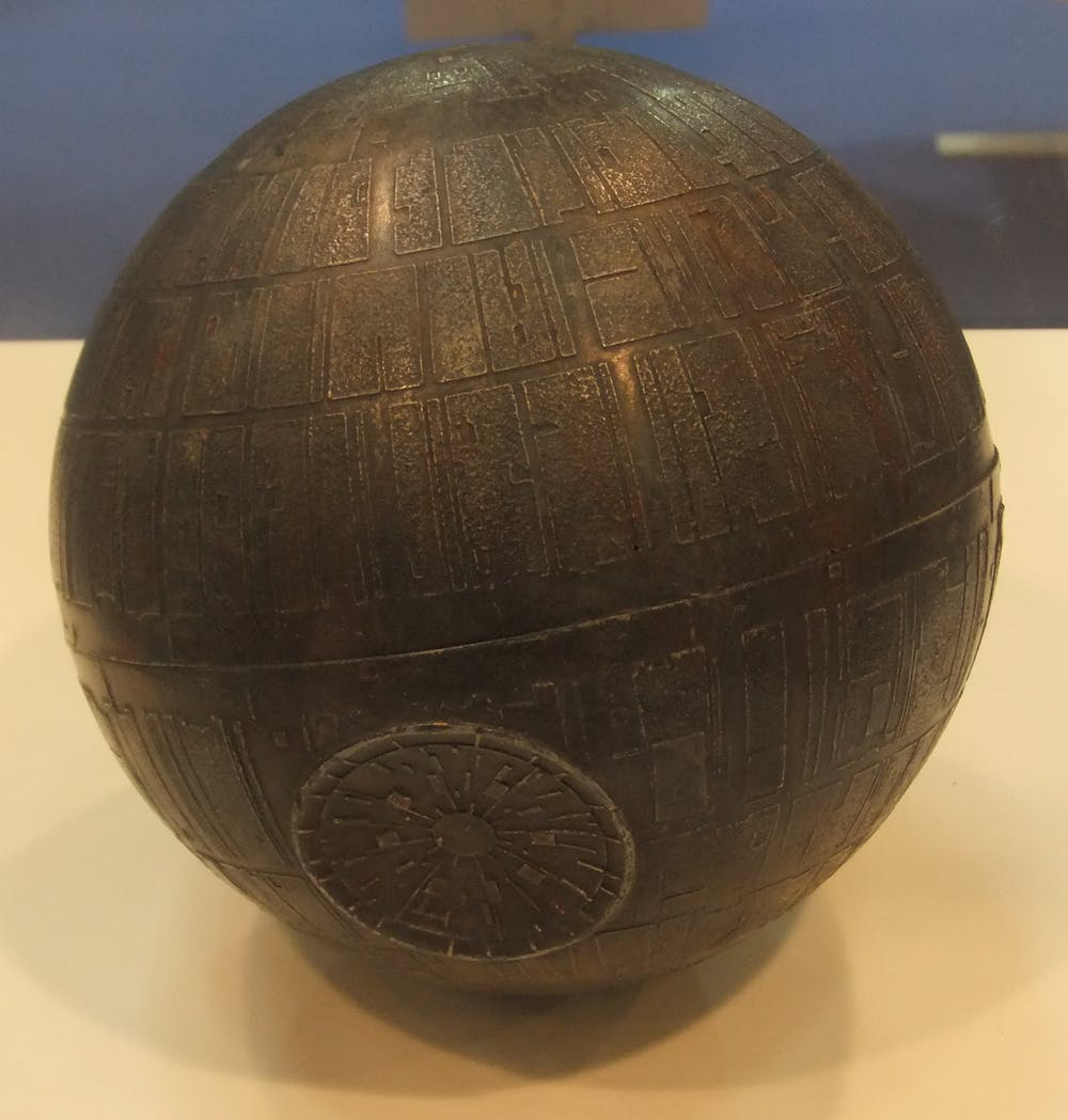 Maqueta de la Estrella de la Muerte. Museo8bits/Wikimedia Commons, CC BY-SA