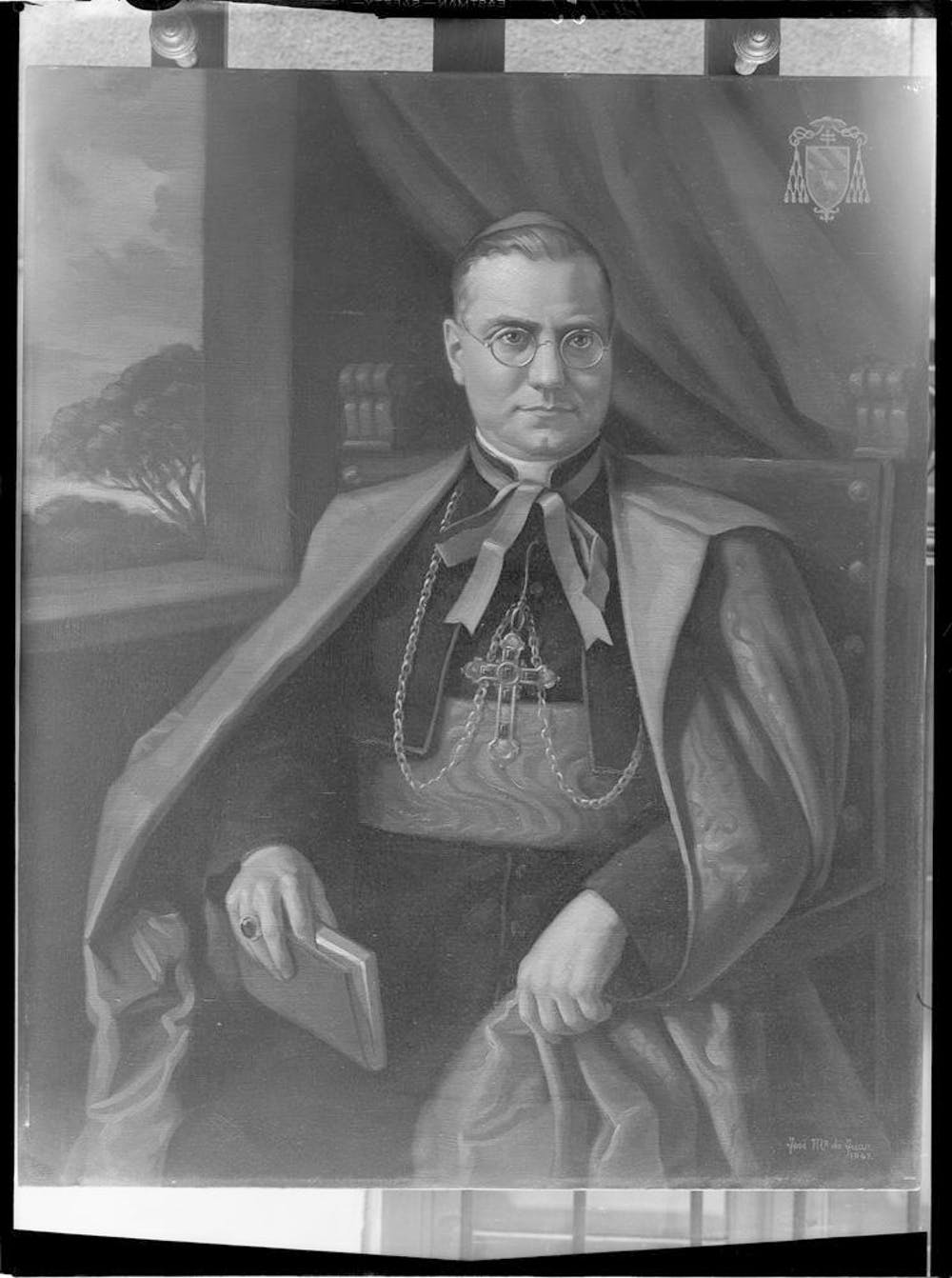 Retrato de Monseñor Cicogniani (1942). Ruiz Vernacci / Fototeca del Patrimonio Histórico, CC BY-NC