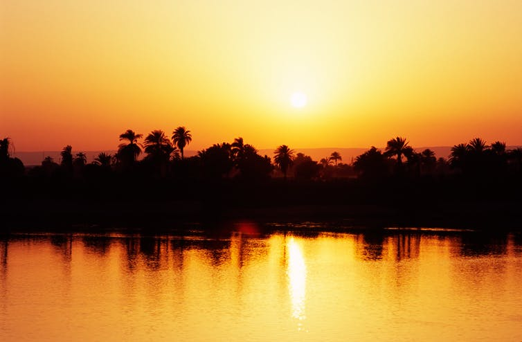 Atardecer sobre el río Nilo. Shutterstock/Luciano Mortula - LGM