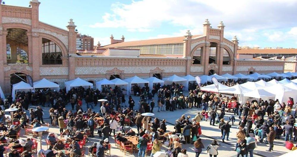 El Mercado de Productores en Matadero Madrid. Diario de Madrid / Wikimedia Commons, CC BY