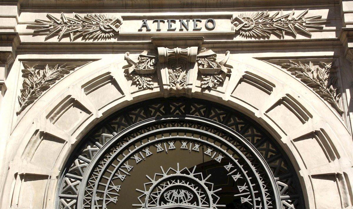 Entrada del Ateneo de Madrid. E.P.