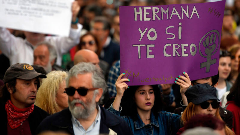 Manifestación en apoyo a la víctima de La Manada, en Madrid. AFP