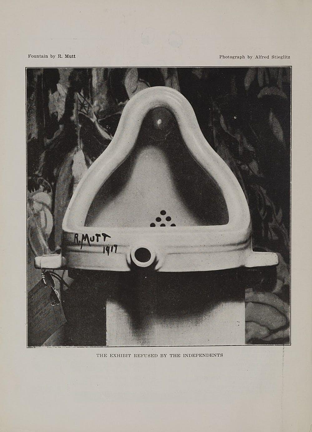 Fotografía de 'Fountain' publicada en 'The blind man' (Marcel Duchamp, 1917). MET