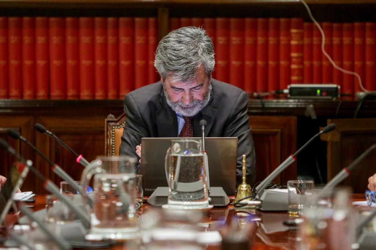 El presidente del CGPJ y del Tribunal Supremo, Carlos Lesmes, en el pleno del Poder Judicial. E.P./Ricardo Rubio