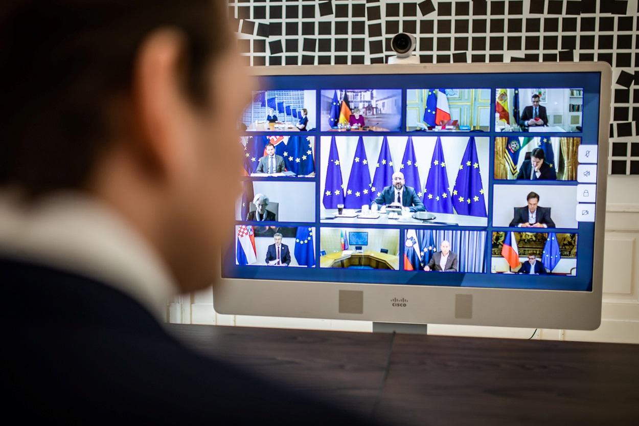 El primer ministro austriaco, Sebastian Kurz, durante la cumbre de la UE por videoconferencia para discutir el plan contra la crisis del coronavirus. REUTERS/Arno Melcharek/Bundeskanzleramt