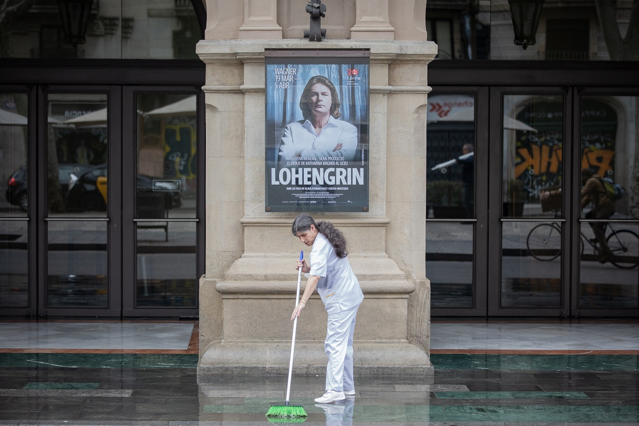 Puerta del Gran Teatre del Liceu Barcelona. E.P./David Zorrakino
